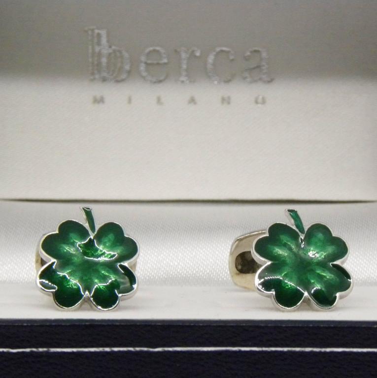Green Hand Enamelled Cloverleaf Sterling Silver Cufflinks with T-Bar Back For Sale 1