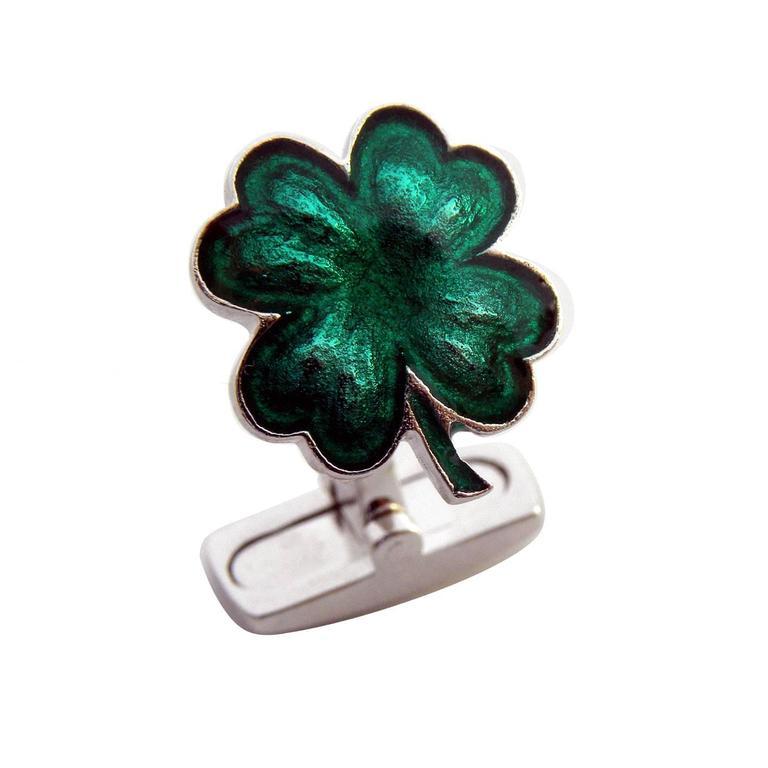 Unique green cloverleaf hand enamelled sterling silver cufflinks, T-bar back. Cloverleaf size about 14mm