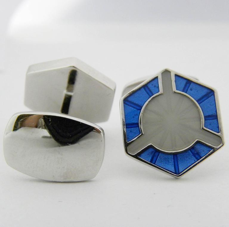 Smart Light Blue White Champlevé Hand Enameled Sterling Silver Cufflinks In New Condition For Sale In Valenza, IT