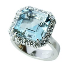 3.67 Carat Natural Brazilian Aquamarine White Diamond White Gold Setting Ring