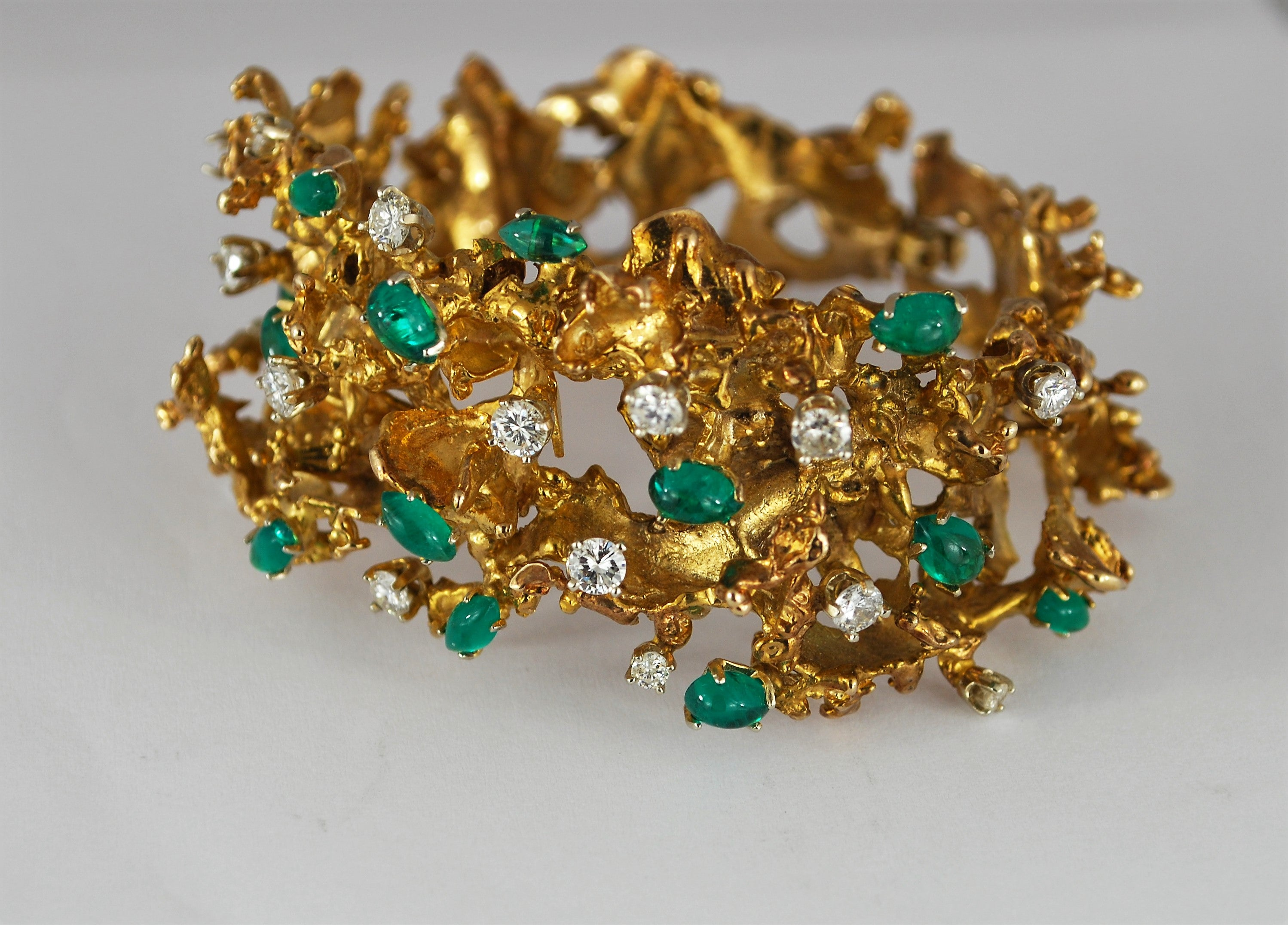 and gold diamond cabochon emerald bracelet yellow bangle expertissim