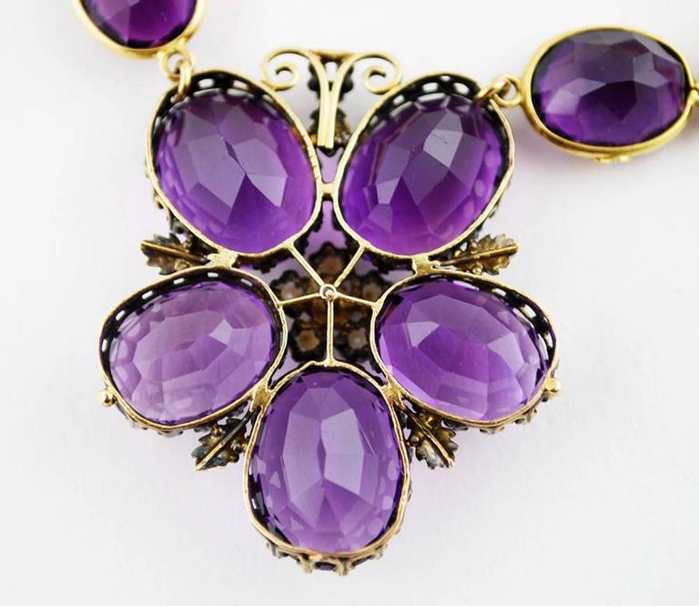 Antique Amethyst Gold Necklace Flower, circa 1900 In Good Condition For Sale In Austin, TX