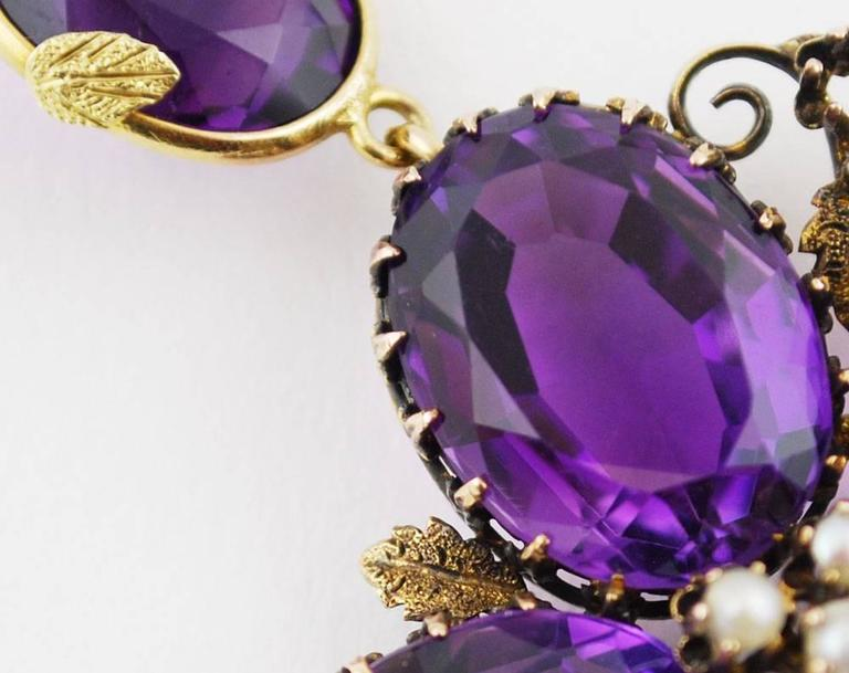 Antique Amethyst Gold Necklace Flower, circa 1900 For Sale 1