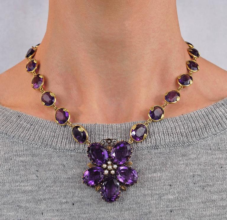 Antique Amethyst Gold Necklace Flower, circa 1900 For Sale 5