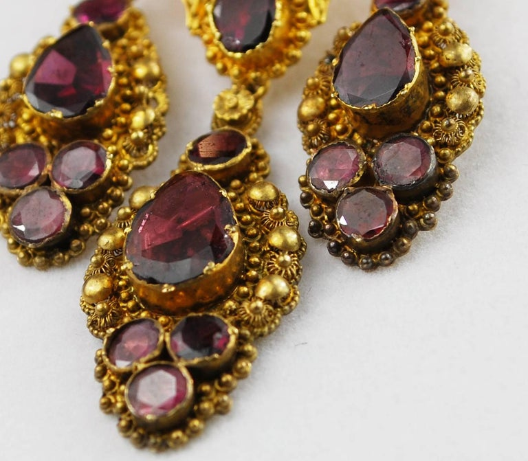 Antique Georgian 18K Gold Garnet Necklace Chandelier Earrings Brooch Set  7