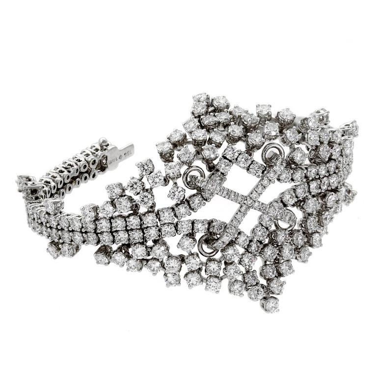 Petite Ladies Graduated Flexible Diamond Tennis White Gold Bracelet