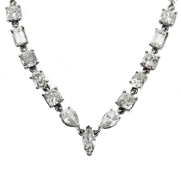 31 Carat Diamond platinum Tennis Necklace For Sale
