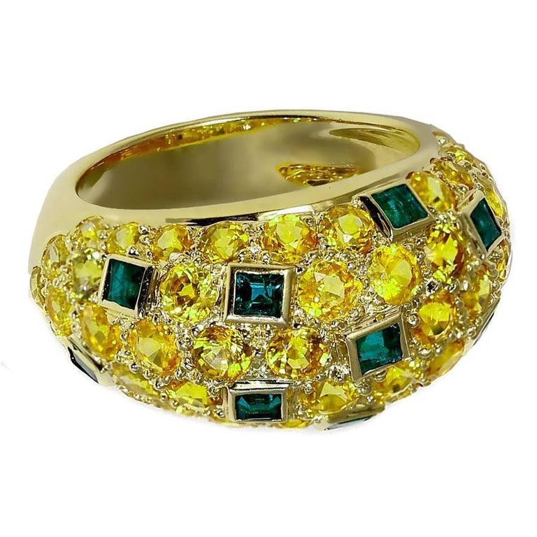 Van Cleef & Arpels Yellow Sapphire Emerald Gold Bombe Ring