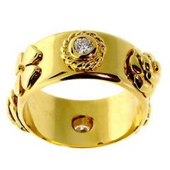 Chanel Camellia Diamond Ring in Gold