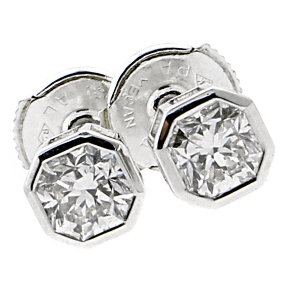 ac159e074 Tiffany & Co. Lucida Diamond Platinum Stud Earrings
