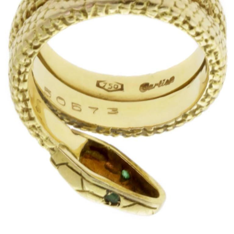 Cartier Snake Emerald Gold Ring In Good Condition For Sale In Feasterville, PA