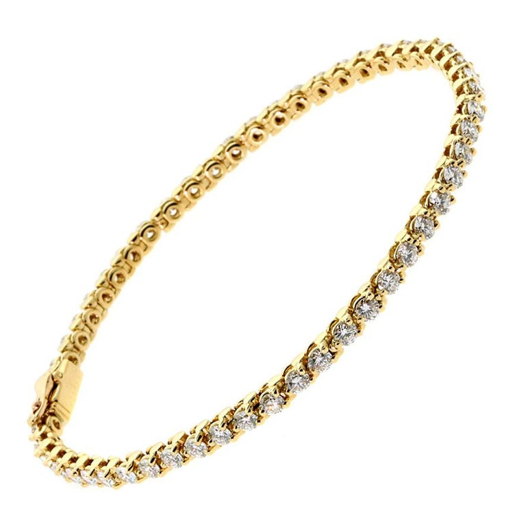 Cartier Diamond Gold Tennis Bracelet In Excellent Condition For Sale In Feasterville, PA