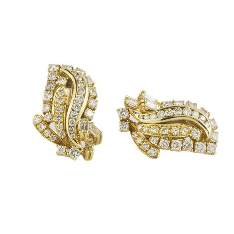 Beautiful Diamond & Gold Cocktail Earrings 2.50 Carat 2