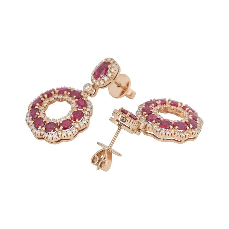 Rose Gold Diamond and Ruby Earrings In New Condition For Sale In London, GB