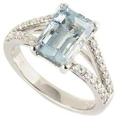 Aquamarine and Diamond Ring 2.3 Carat