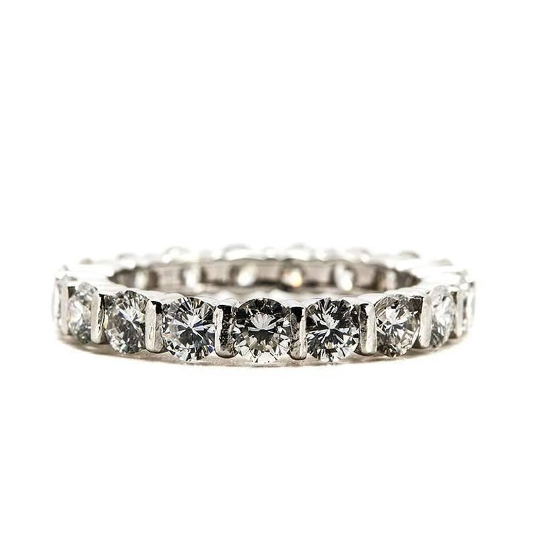 Diamond Eternity Band Ring 1.90 Carat In Excellent Condition For Sale In London, GB