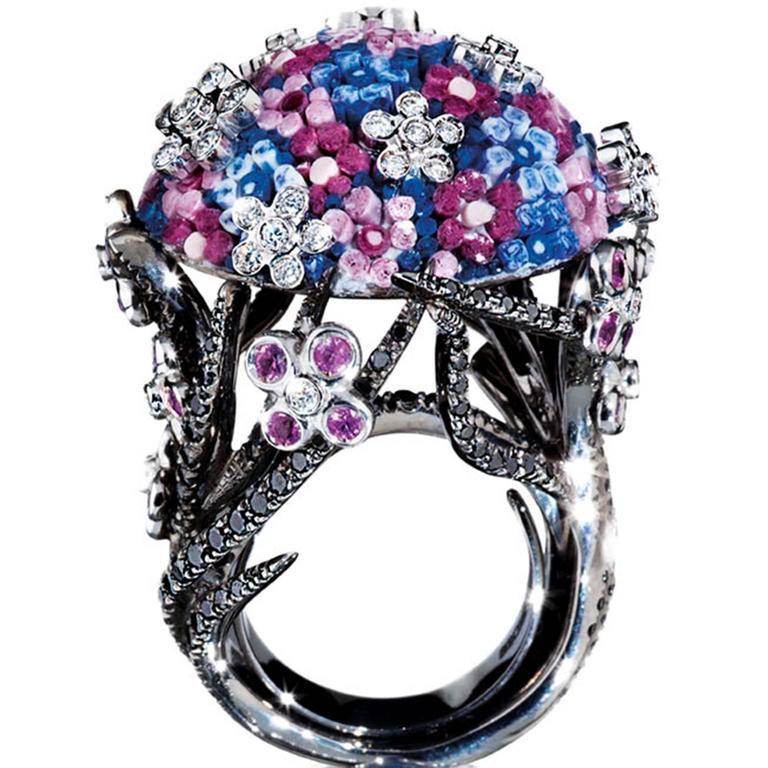 Sicis Bouquet Black White Diamond Sapphire Gold Cluster Cocktail Ring