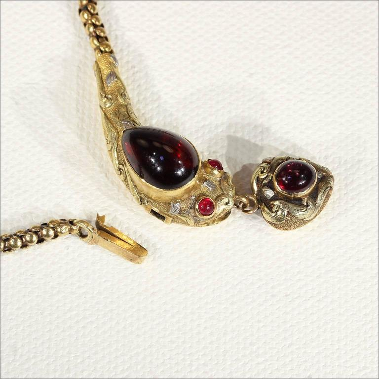 Antique Victorian Garnet Gold Snake Necklace  In Excellent Condition For Sale In Middleton, WI