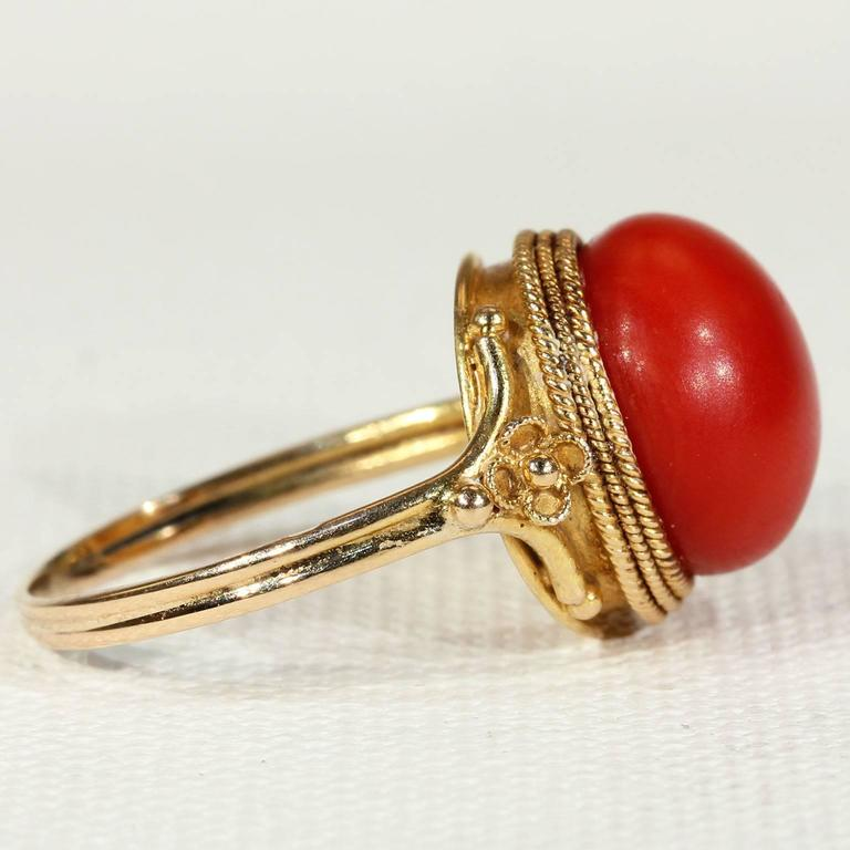 Antique Victorian Etruscan Revival Red Coral Gold Ring  3