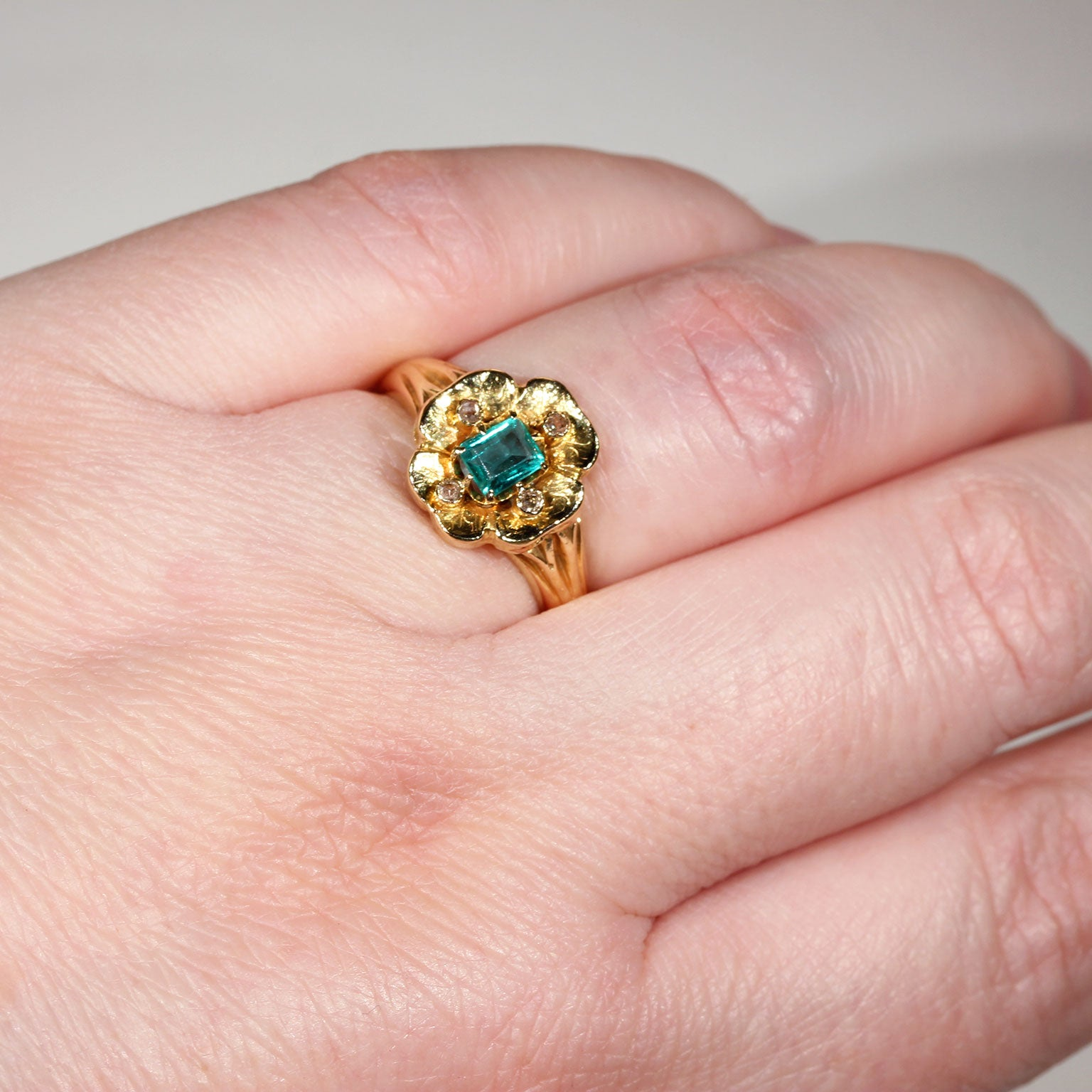 Victorian Emerald Diamond Flower Ring Gold at 1stdibs