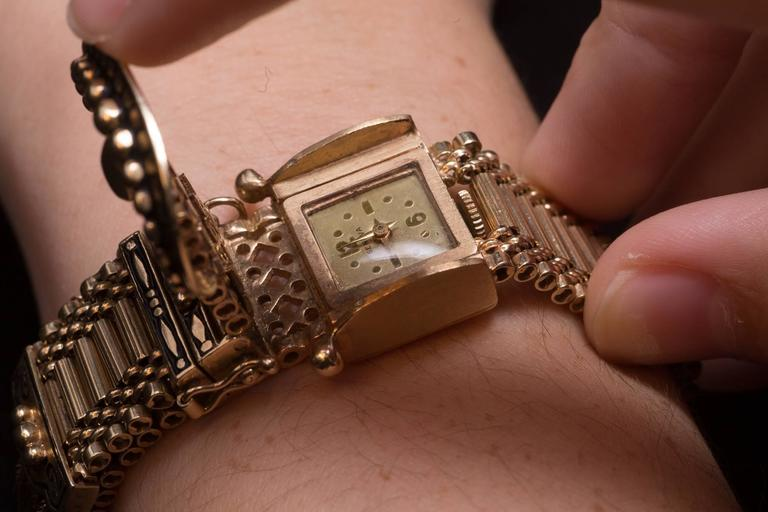 Ladies Yellow Gold Enamel Bracelet Wristwatch 3