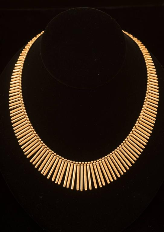 Fabulous Italian Gold Fringe Necklace in 18k yellow gold. It measures approx.18.5inches and weighs 36.7DWT.