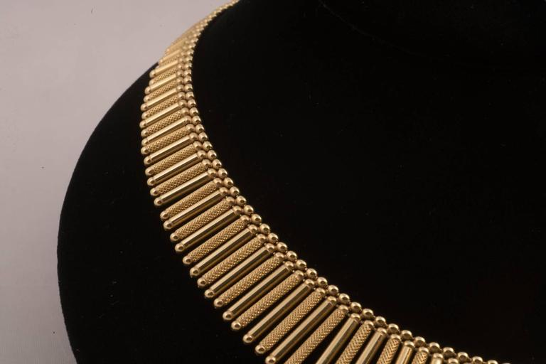 Fabulous Italian Gold Fringe Necklace In Excellent Condition For Sale In New Orleans, LA