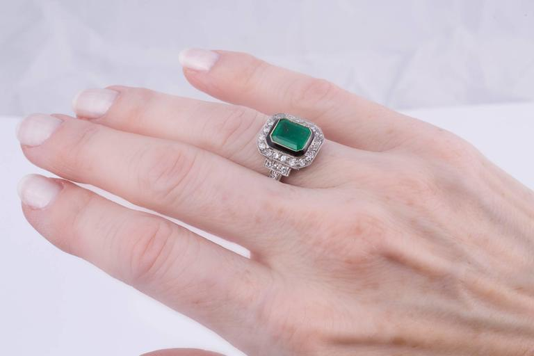 Women's or Men's 2.50ct Natural Emerald and Diamond Ring For Sale