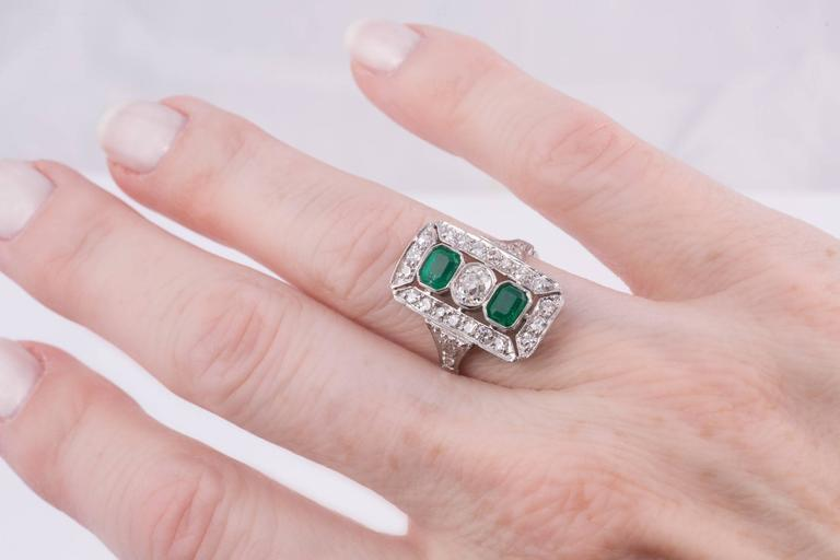 Art Deco Emerald and Diamond Cocktail Ring  For Sale 1