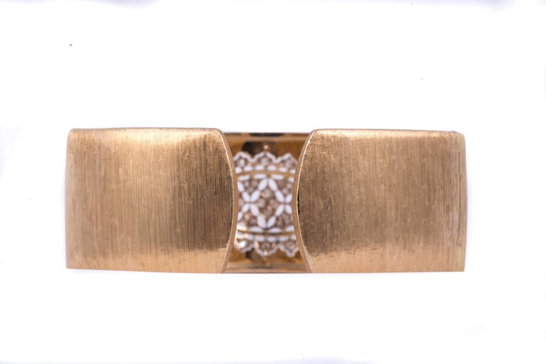 Contemporary Lovely Buccellati Diamond Bracelet For Sale