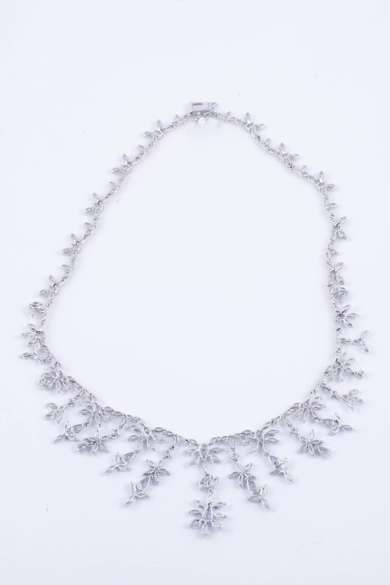 Contemporary Gorgeous 28.10 Carat Diamond Necklace For Sale