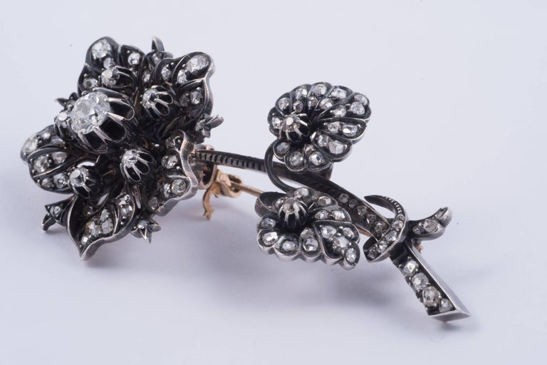 Magnificent 'En Tremblant' Diamond Flower Brooch 3