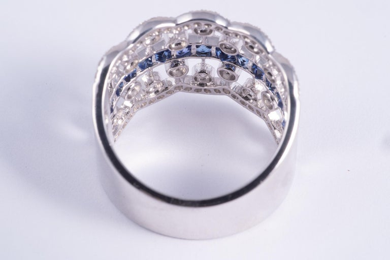 French Cut Sapphire and Diamond Ring In Excellent Condition For Sale In New Orleans, LA