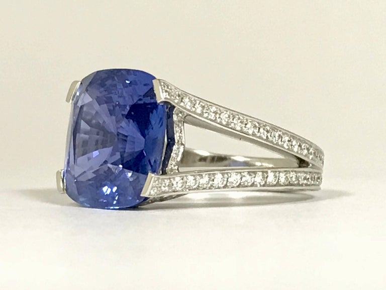 Natural Blue Sapphire GRS Certified 9.47 K and Diamonds Gold Palladium Ring 3