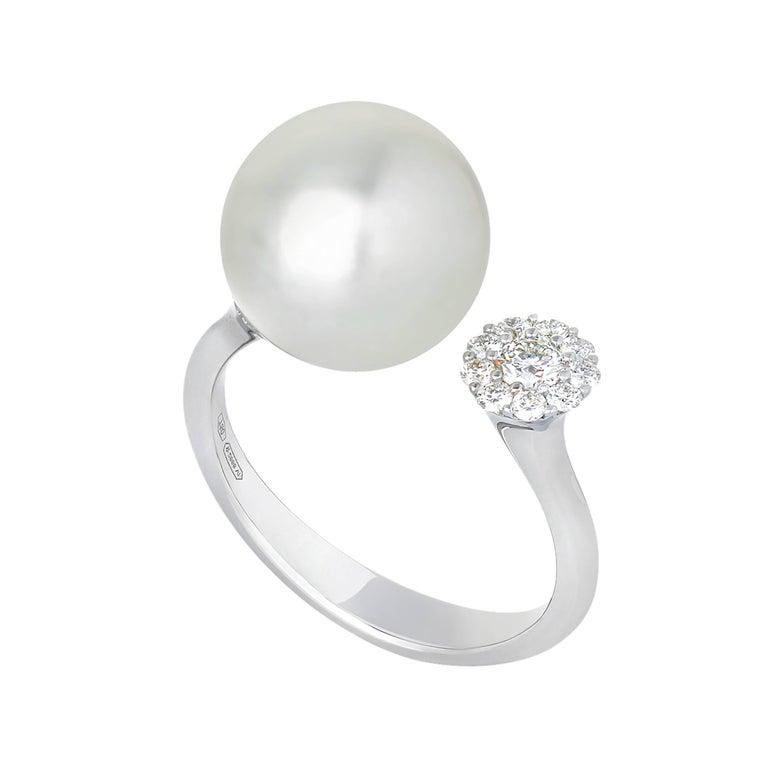 White South Sea Pearl Diamonds G/VS 0.30 Carat on White Gold 18 Karat Ring