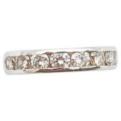 18 Karat White Gold Engagement Ring with 8 Diamonds of 0.16 Carats
