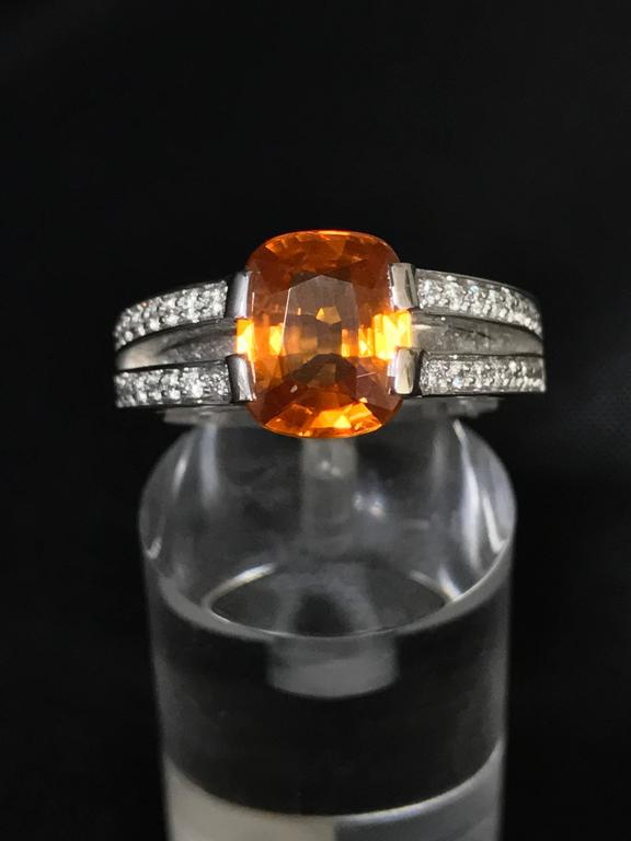 Modern Orange Sapphire Diamonds and White Gold Ring For Sale