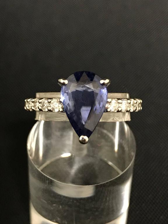 Discover this Blue Ceylon Sapphire Diamond White Gold Ring. White Gold 18 Carat  Diamonds 0.42  Ceylon Sapphire 2.58  Size : 52