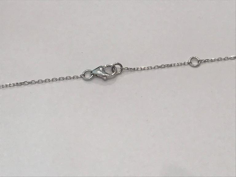 Diamonds Pear and Brillant Shaped and White Gold Pendant Necklace For Sale 1