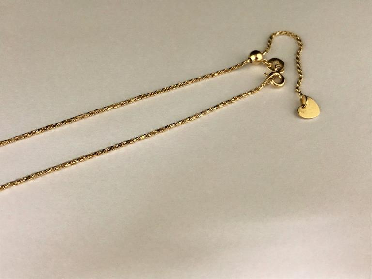 Women's Diamonds and Yellow Gold Pendant Necklace For Sale