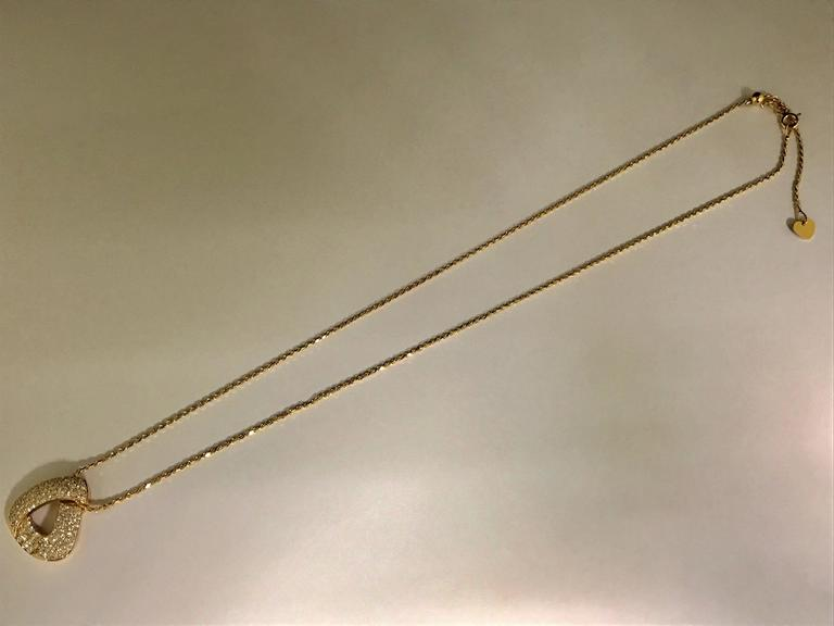 Diamonds and Yellow Gold Pendant Necklace For Sale 4