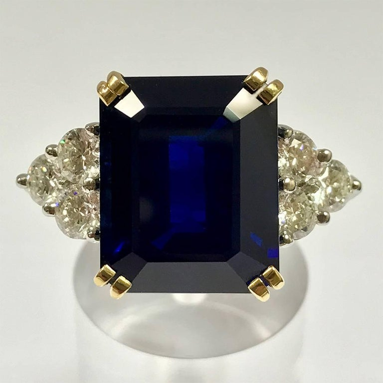 Ceylon Sapphire Diamonds White and Yellow Gold Ring 2