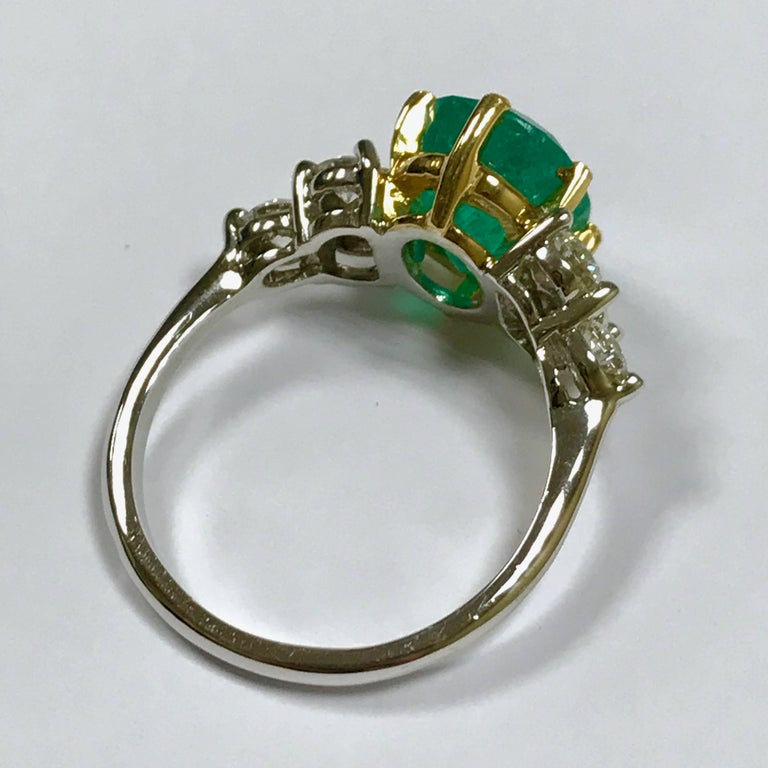 Women's Emerald and Diamonds White and Yellow Gold For Sale