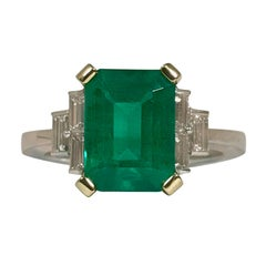 Certified Emerald 2.68 Karat White Diamonds on with Gold Engagement Ring