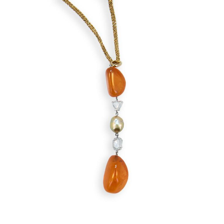Laura Munder Mandarin Garnet Golden Keshi Pearl Rose Cut Diamond Gold Necklace  In As New Condition For Sale In West Palm Beach, FL