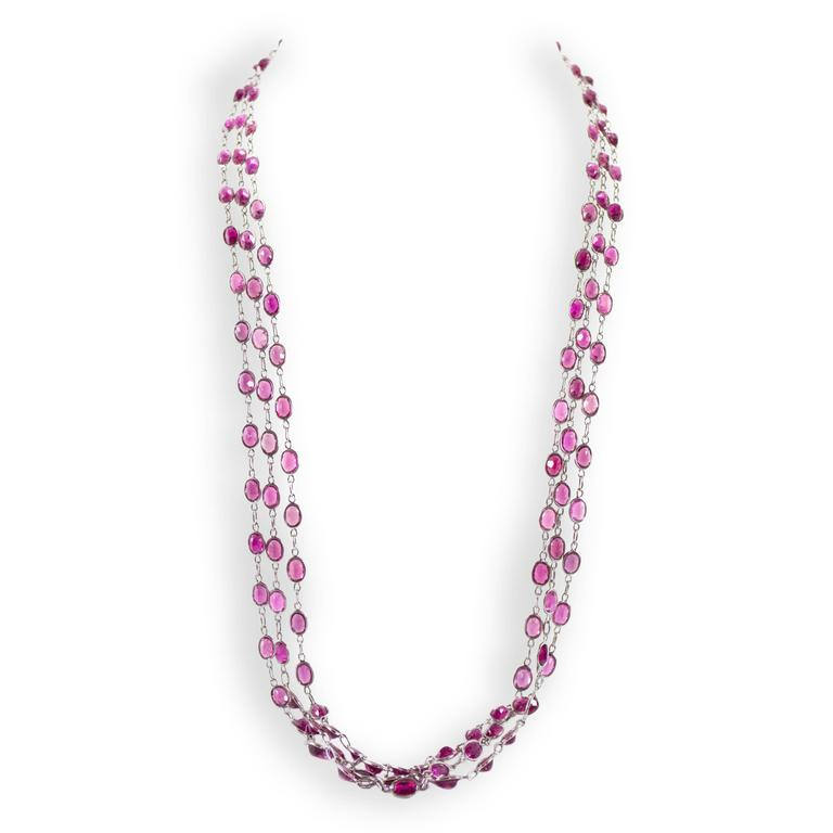 Laura Munder Pink Tourmaline Chain Link White Gold Necklace In Excellent Condition For Sale In West Palm Beach, FL