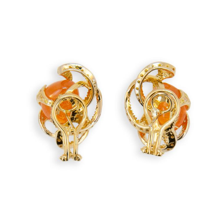 Laura Munder Mandarin Garnet and Yellow Diamond Earrings In New Condition For Sale In West Palm Beach, FL