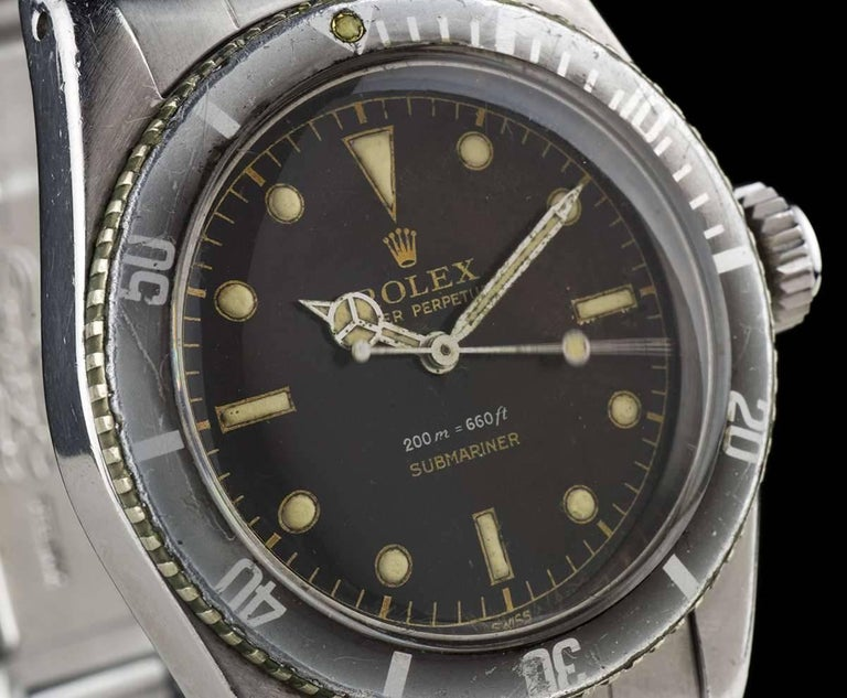 A Very Rare Stainless Steel Submariner Vintage Gents Wristwatch, original tropical gilt dial with hour markers, a stainless steel bi-directional bezel with a black bezel insert, a stainless steel 'Big Crown' with no crown guard, a stainless steel