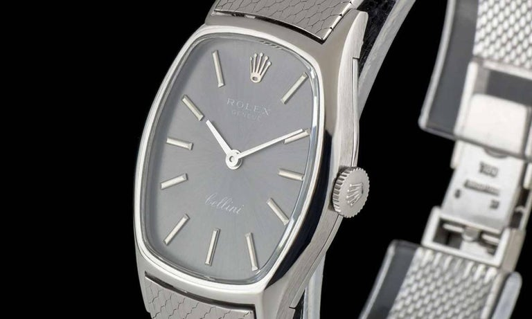 An 18k White Gold Cellini Ladies Wristwatch, silver dial with applied 18k white gold batons, a fixed 18k white gold smooth bezel, a brushed 18k white gold integrated bracelet with a brushed 18k white gold jewellery style clasp, sapphire glass,