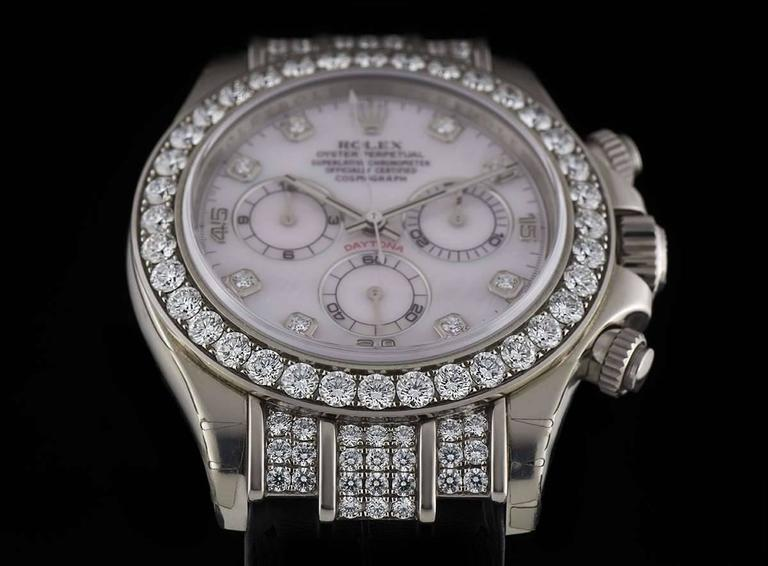 Women's or Men's Rolex Gold Diamond Daytona Chronograph Automatic Wristwatch For Sale